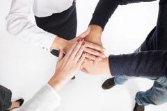 teamwork Gens d'affaires de mains jointives Photographie stock