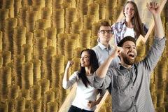 Teamwork-, Lotterie- und Reichtumskonzept lizenzfreie stockbilder
