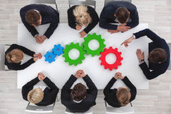 Teamwork mit Zähnen des Geschäfts Lizenzfreies Stockfoto
