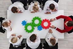 Teamwork mit Zähnen des Geschäfts Lizenzfreies Stockbild