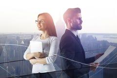 Teamwork und Erfolg cnoncept lizenzfreie stockfotografie