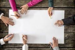 Teamwork- und Zusammenarbeitskonzept lizenzfreie stockfotografie