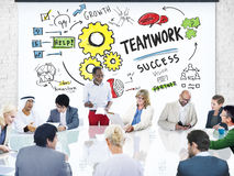 TeamworkTeam Together Collaboration Business People möte Arkivbilder