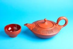 Teapot árabe com teacups Fotografia de Stock