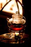 Teapot γυαλιού για την κατασκευή τσαγιού Στοκ Φωτογραφία