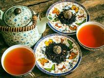 Teapot μαύρο πράσινο τσάι τσαγιού Στοκ εικόνα με δικαίωμα ελεύθερης χρήσης