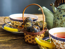 Teapot μαύρο πράσινο τσάι τσαγιού Στοκ εικόνες με δικαίωμα ελεύθερης χρήσης