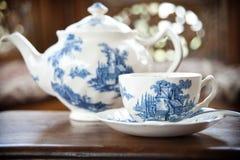 teapot πορσελάνης εργοστασίων 19 αιώνα ρωσικό θόριο Στοκ φωτογραφία με δικαίωμα ελεύθερης χρήσης