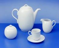 Teapot, cukierniczka, filiżanka, dojny dzbanek Obraz Royalty Free