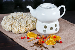 Teapot and cup of green tea Royalty Free Stock Photos