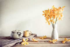 Teapot and flower, home decoration concept Royalty Free Stock Photography