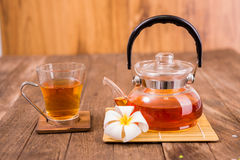 Teapot with  tea cup Royalty Free Stock Photography