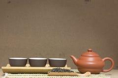 Teapot and teacup Royalty Free Stock Photos
