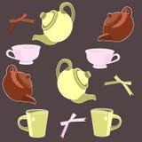 Teapots e copos Imagem de Stock Royalty Free