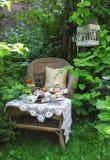 Teatid med scones, driftstopp och vispgrädde Arkivbilder