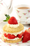 Teatime avec le shortcake de Stawberry Photos libres de droits