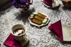 teatime w sklep z kawą Zdjęcie Stock