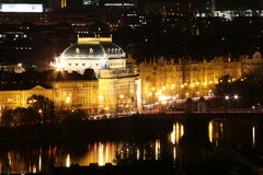 Teatr Narodowy Praga przy nocą Obrazy Stock