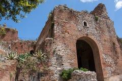 Teatro二陶尔米纳,西西里岛,意大利废墟  免版税库存图片