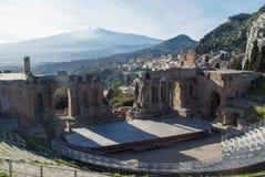 Teatro格雷科在陶尔米纳,西西里岛 库存照片