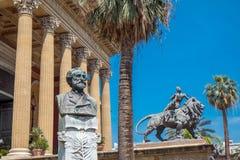 Teatro马西莫在巴勒莫,西西里岛 库存照片