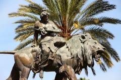 Teatro马西莫,巴勒莫,古铜色狮子 免版税库存照片