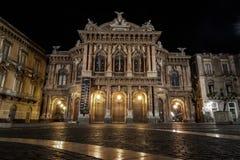 Teatro马西莫Bellini在夜之前 免版税库存图片