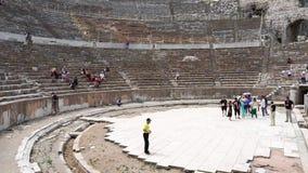 Teatro antiguo en la ciudad histórica de Ephesus metrajes