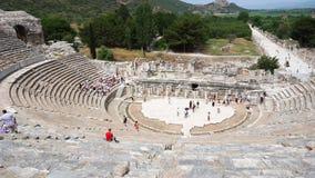 Teatro antiguo en la ciudad histórica de Ephesus almacen de metraje de vídeo