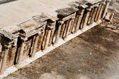 Teatro arruinado antigo em Turquia fotos de stock royalty free
