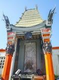 Teatro chino impresionante de Grauman TCL en Hollywood - LOS ÁNGELES - CALIFORNIA - 20 de abril de 2017 imagenes de archivo