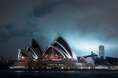 Teatro da ópera de Sydney na noite. Fotografia de Stock Royalty Free