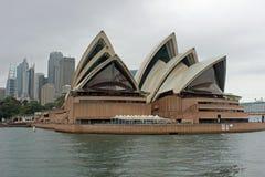 Teatro da ópera, porto de Sydney, Austrália Fotos de Stock