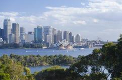 Teatro de la ópera de Sydney el distrito financiero central Fotografía de archivo libre de regalías