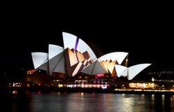 Teatro de la ópera de Sydney en Sydney viva Foto de archivo libre de regalías