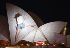 Teatro de la ópera de Sydney en Sydney viva Imagen de archivo