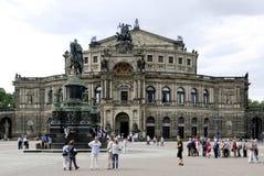 Teatro de la ópera Semperoper en Dresden Imágenes de archivo libres de regalías
