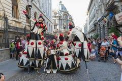 Teatro de la calle en B-FIT en la calle Bucarest 2015 Fotos de archivo libres de regalías