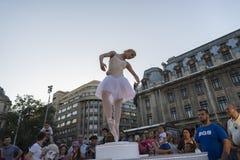 Teatro de la calle en B-FIT en la calle Bucarest 2015 Fotografía de archivo