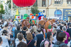 Teatro de la calle en B-FIT en la calle Bucarest 2015 Fotografía de archivo libre de regalías