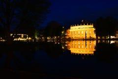Teatro de la ópera de Stuttgart por noche Imágenes de archivo libres de regalías