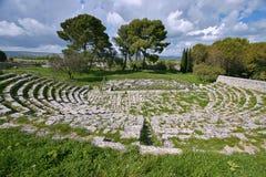 Teatro del greco antico in Sicilia Fotografie Stock Libere da Diritti