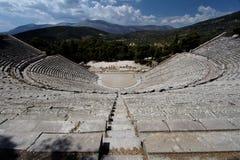 Teatro del griego clásico de Epidauros Foto de archivo