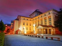 Teatro di Nordhausen alla notte in Turingia Germania Fotografia Stock
