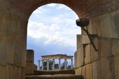 Teatro e céu romanos Fotos de Stock
