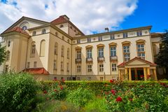 Teatro e giardino di Nordhausen in Harz Germania Fotografia Stock Libera da Diritti