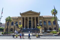 Teatro Massimo Vittorio Emanuele en Palermo en Sicilia, Italia Imagen de archivo