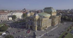 Teatro nacional croata en la antena de Zagreb almacen de video