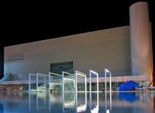 Teatro nacional de Habima, teléfono Aviv Israel imagenes de archivo