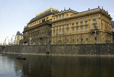 Teatro nazionale a Praga Fotografia Stock Libera da Diritti